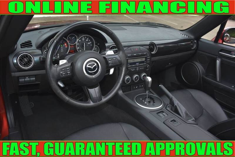 Mazda MX-5 Miata 2015 price $16,990