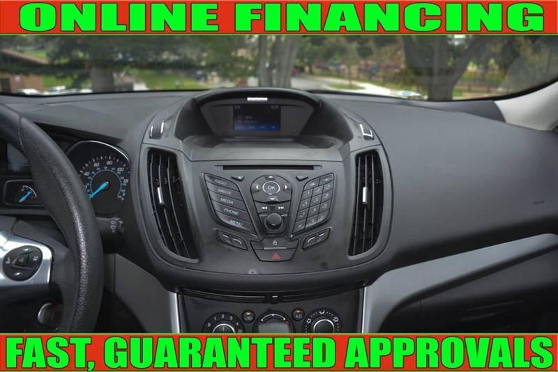 Ford Escape 2016 price $13,990