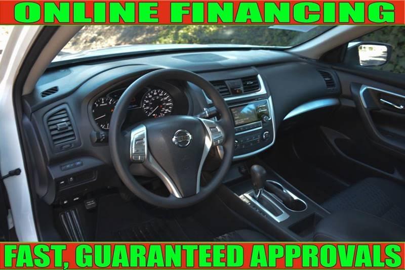 Nissan Altima 2018 price $14,700