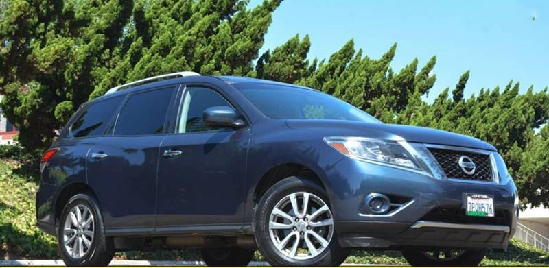Nissan Pathfinder 2015 price $13,900