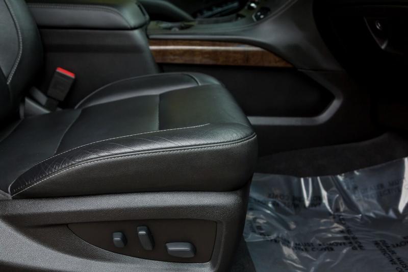 Chevrolet Suburban 2019 price $36,670