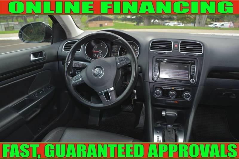 Volkswagen Jetta 2011 price $10,990