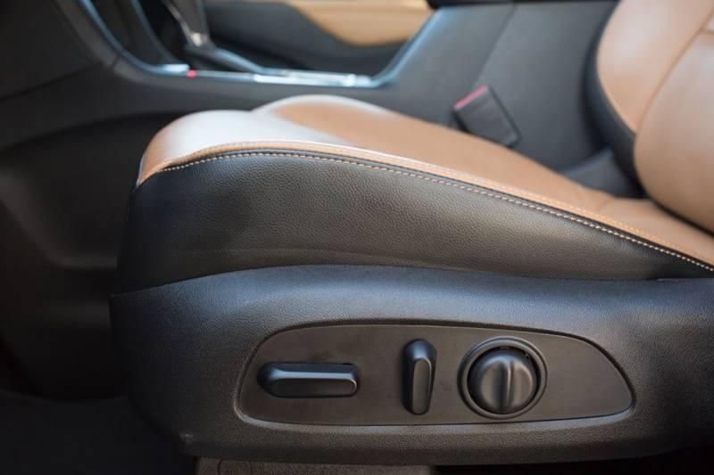 Chevrolet Equinox 2018 price $19,600
