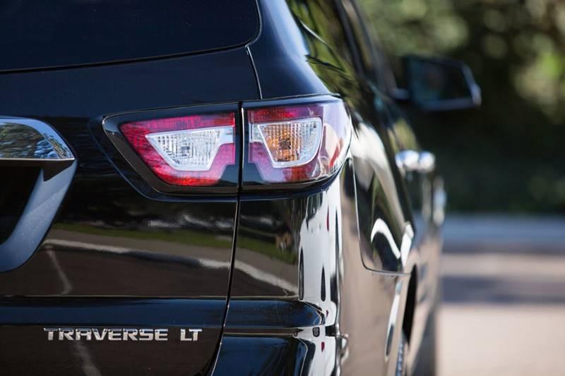 Chevrolet Traverse 2016 price $19,990