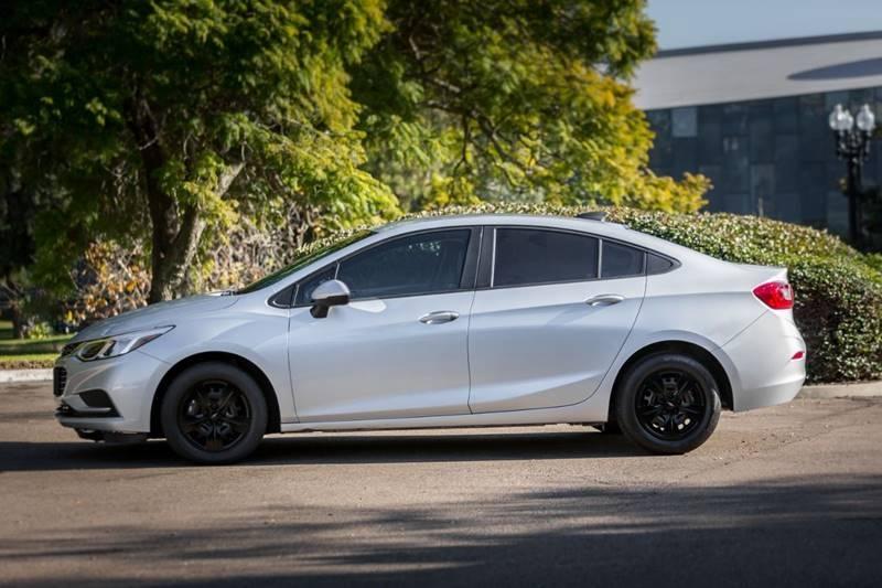 Chevrolet Cruze 2018 price $13,900