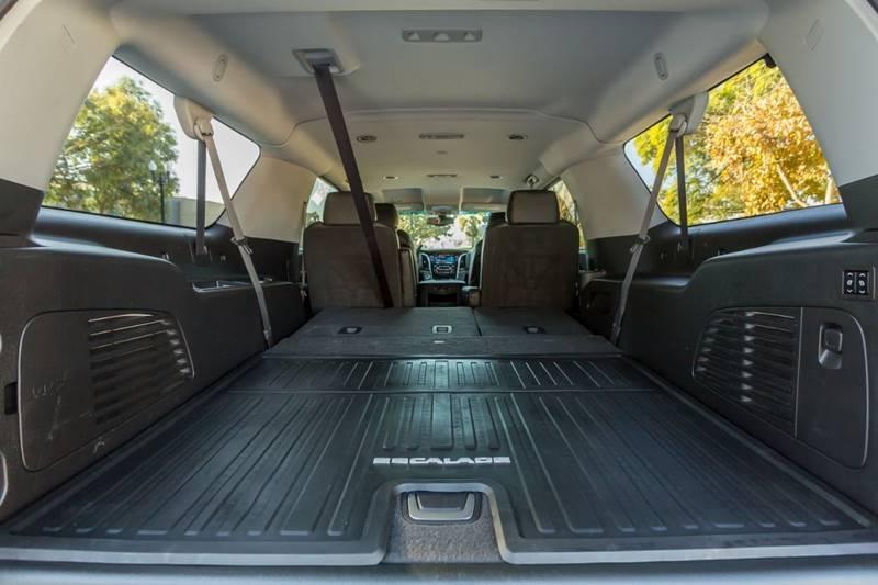 Cadillac Escalade ESV 2016 price $41,990