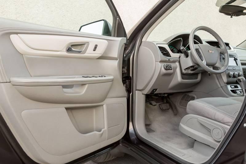 Chevrolet Traverse 2016 price $14,700