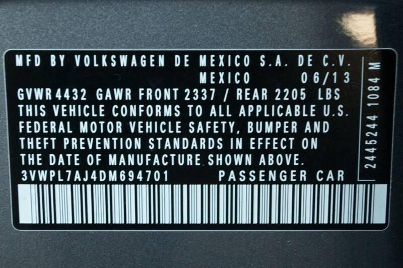 Volkswagen Jetta 2013 price $11,700