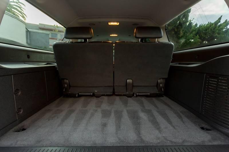 Chevrolet Suburban 2009 price $15,700
