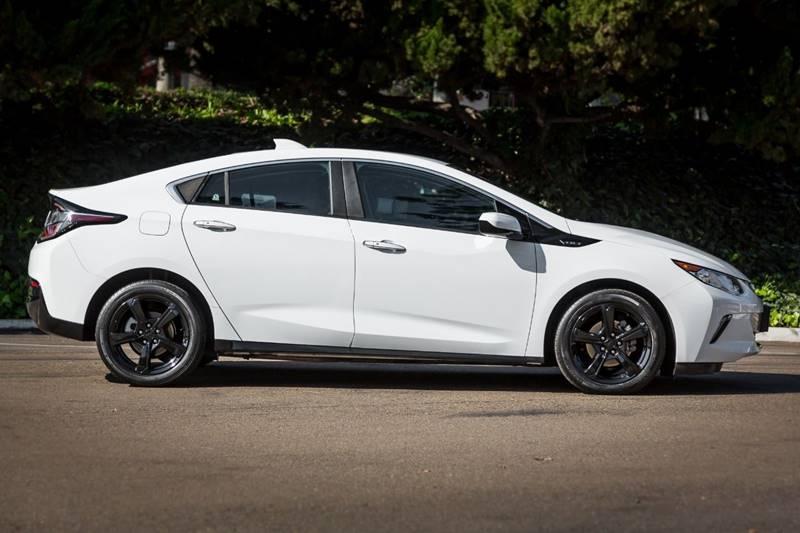 Chevrolet Volt 2017 price $14,990