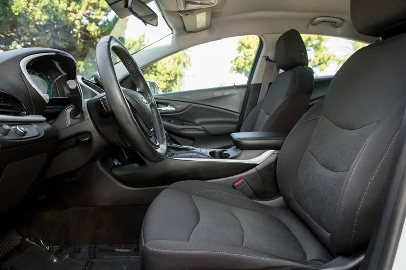Chevrolet Volt 2017 price $15,498
