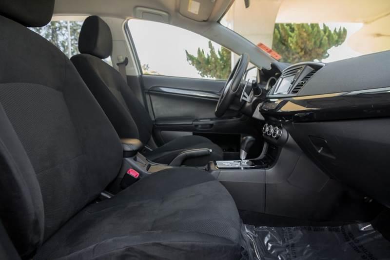 Mitsubishi Lancer 2014 price $10,900