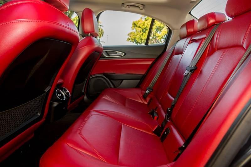 Alfa Romeo Giulia 2017 price $25,498