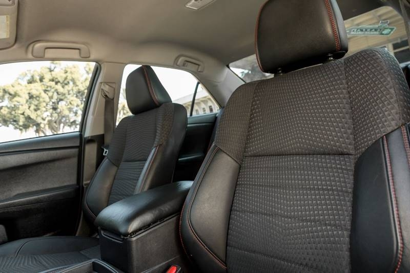 Toyota Camry 2015 price $11,960
