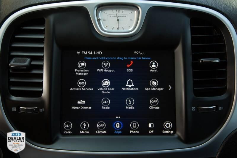 Chrysler 300 2018 price $19,900
