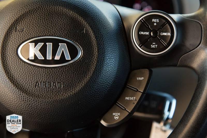Kia Soul 2016 price $13,990
