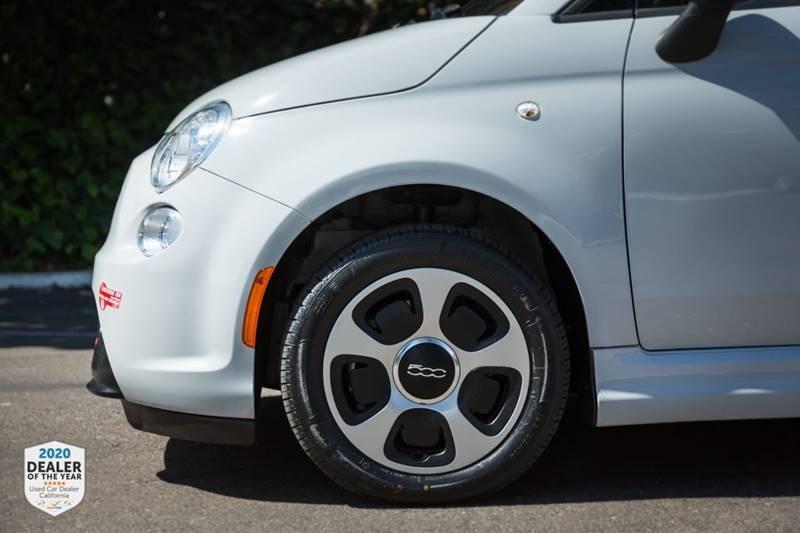 FIAT 500e 2017 price $9,460