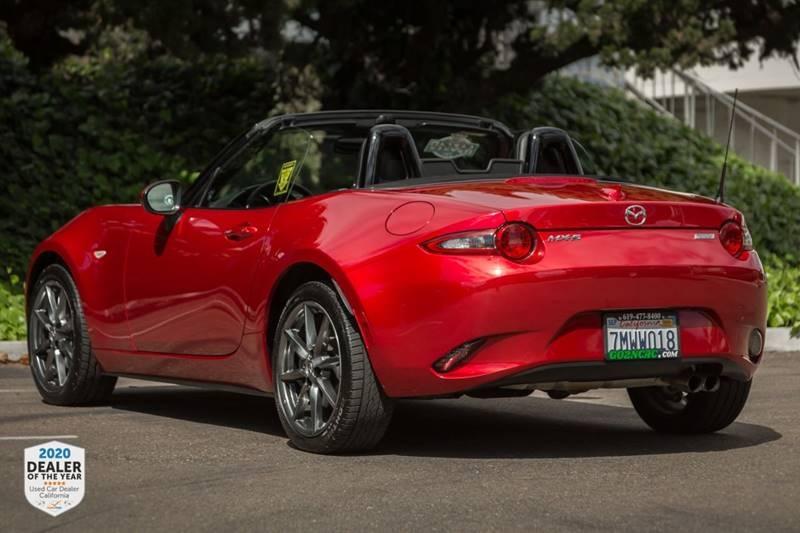 Mazda MX-5 Miata 2016 price $17,900