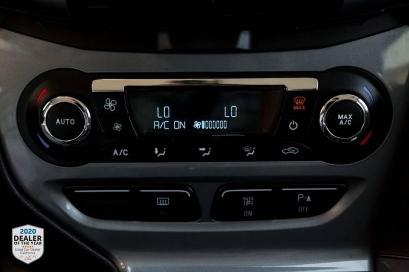 Ford Focus 2013 price $4,990