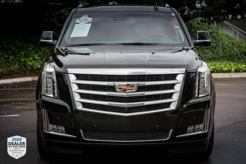 Cadillac Escalade 2016 price $43,990