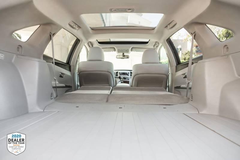 Toyota Venza 2011 price $11,900