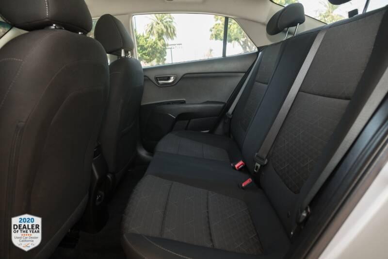 Kia Rio 2019 price $12,990