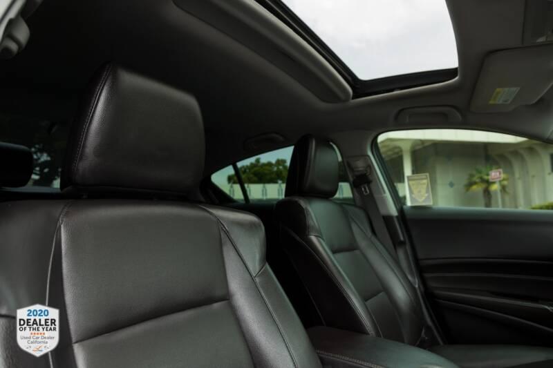 Acura ILX 2017 price $15,990