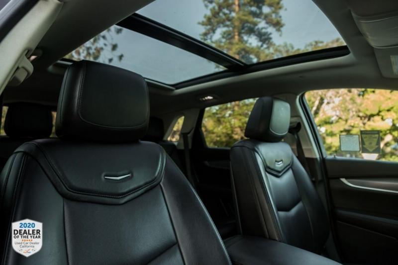 Cadillac XT5 2017 price $27,650