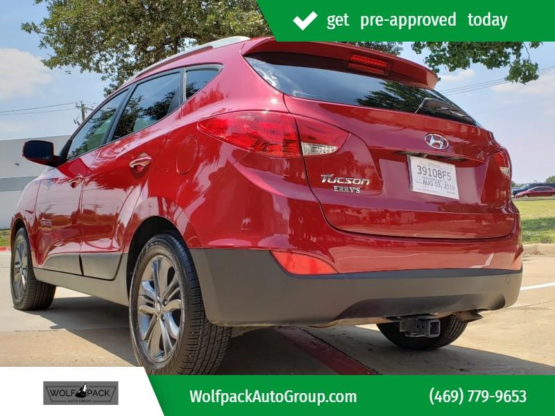 Hyundai Tucson 2015 price $9,954