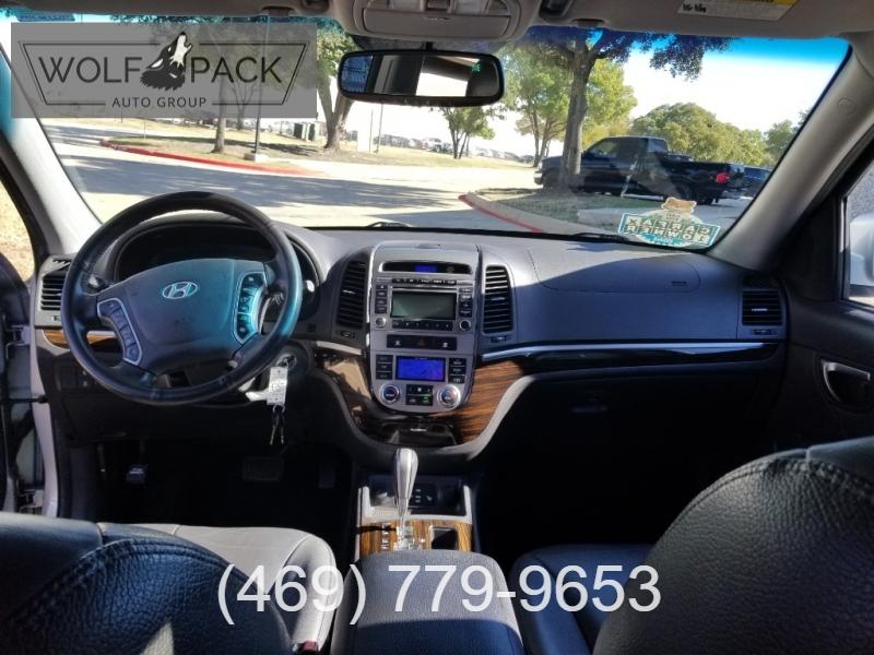 Hyundai Santa Fe 2010 price $8,999