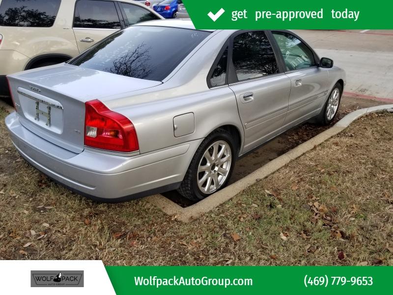 Volvo S80 2004 price $4,999